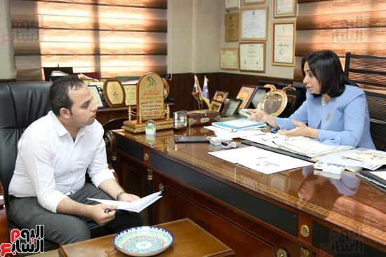 الدكتورة مايا مرسى رئيسة المجلس القومى للمرأة (3)