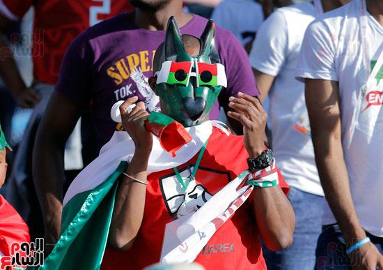 تقاليع الجماهير الأفريقية فى مدرجات أمم افريقيا 2019 (10)
