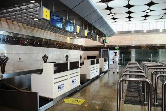 المطار من الداخل (2)
