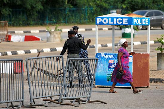 Nigeria police cordoned the area