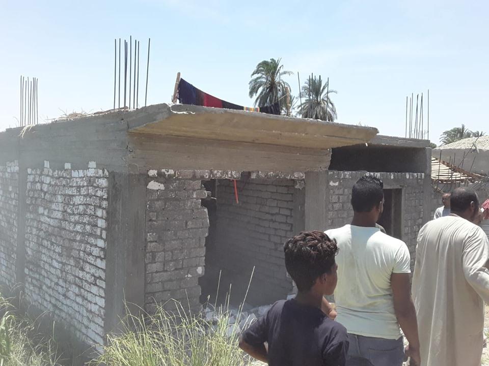 إزالة 8 حالات تعدي علي أكثر من 22 فدان بمدينة البياضية بالأقصر (5)