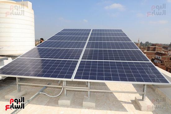 افتتاح-أول-مدرسة-تعمل-بالطاقة-الشمسية-(16)