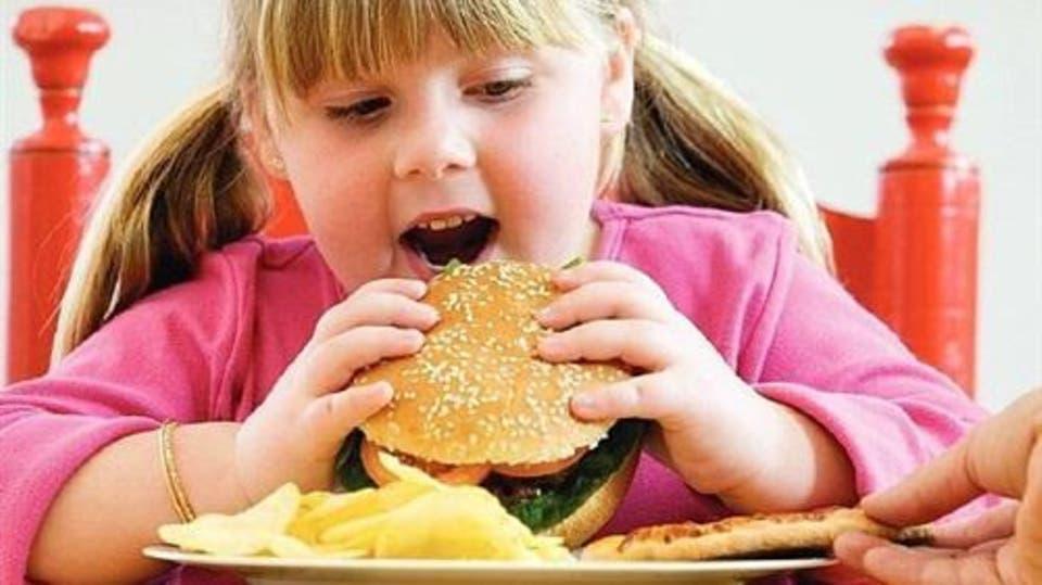 تناول المزيد من السكر يزيد خطر الاصابة بامراض القلب والكبد الدهنى