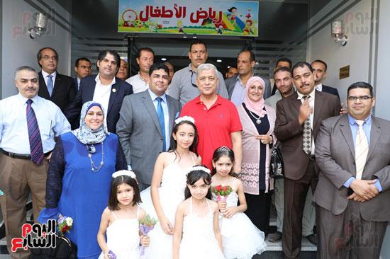 افتتاح-أول-مدرسة-تعمل-بالطاقة-الشمسية-(2)