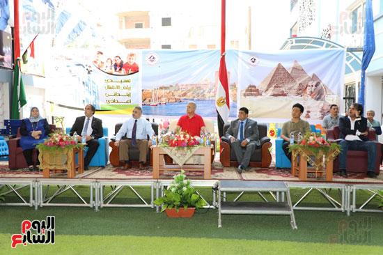 افتتاح-أول-مدرسة-تعمل-بالطاقة-الشمسية-(5)