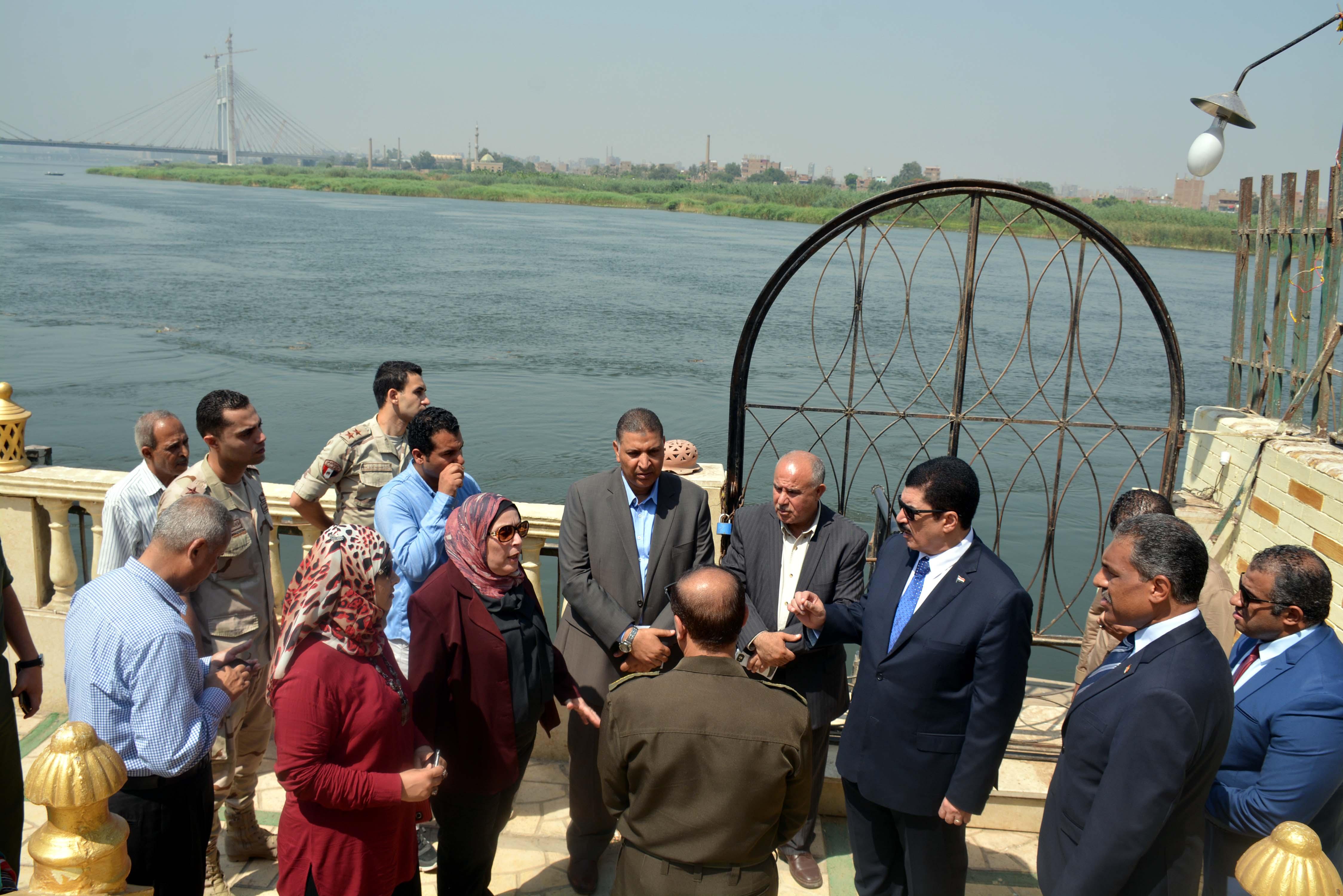 محافظ القليوبية يتفقد أعمال ترميم قصر محمد على بشبرا الخيمة (2)
