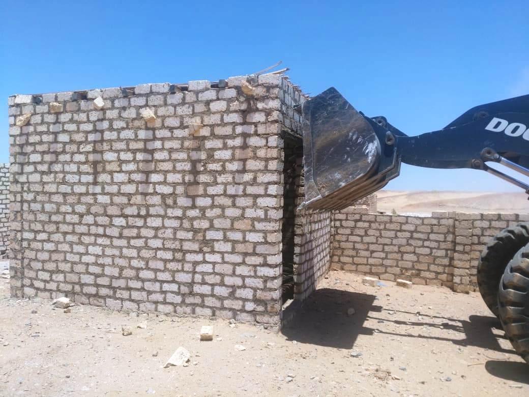 عقوبات على البناء المخالف (4)