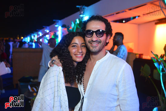 أحمد حلمى وابنته (5)
