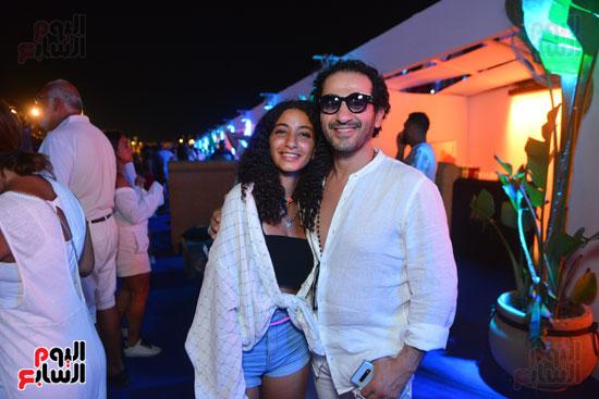 أحمد حلمى وابنته (4)