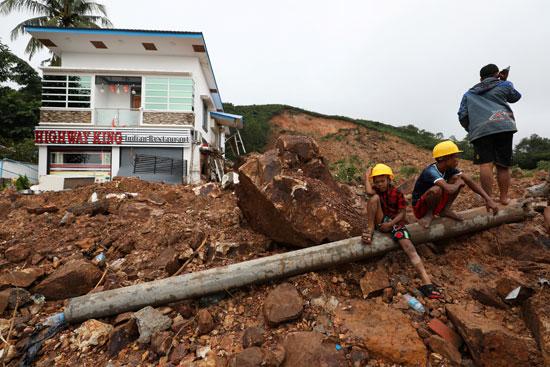 الانهيار الارضى فى ميانمار