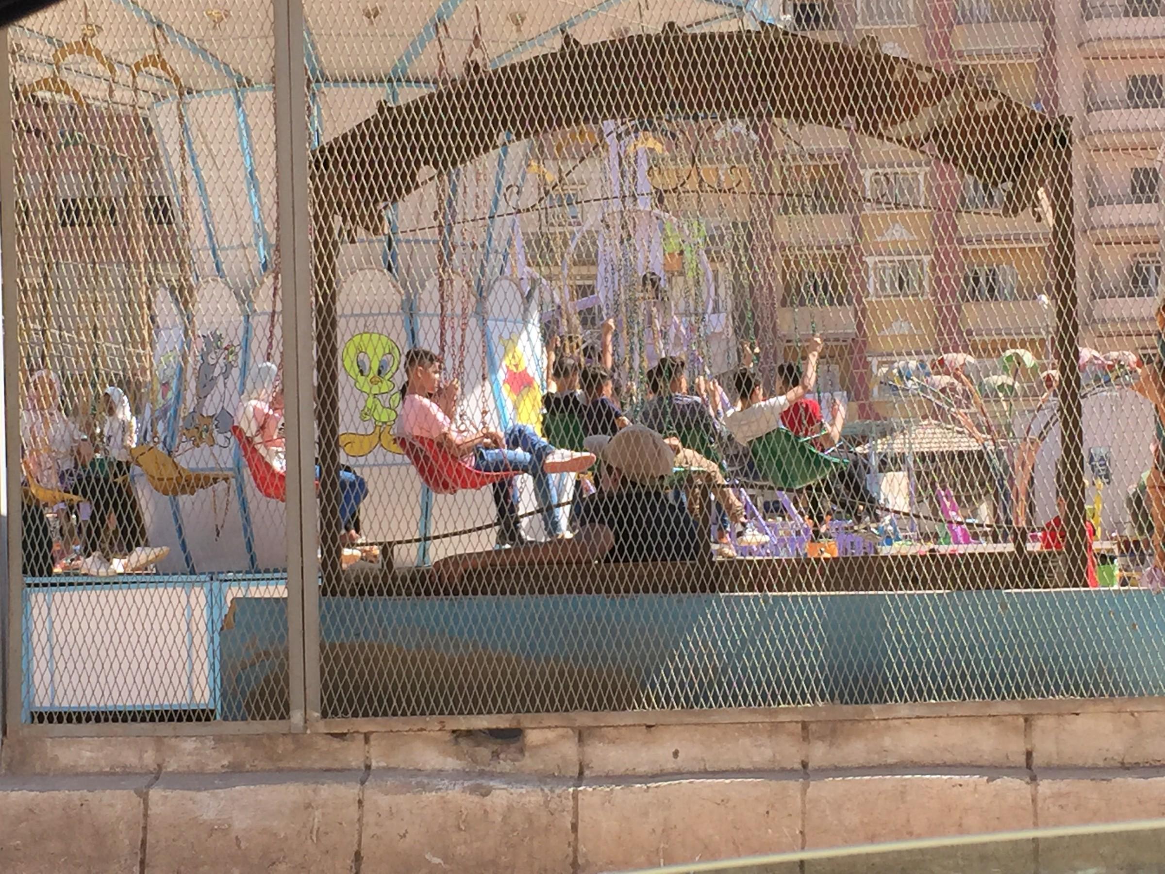 إقبال كبير على الحدائق والمتنزهات فى أول أيام عيد الأضحى بالغربية (9)