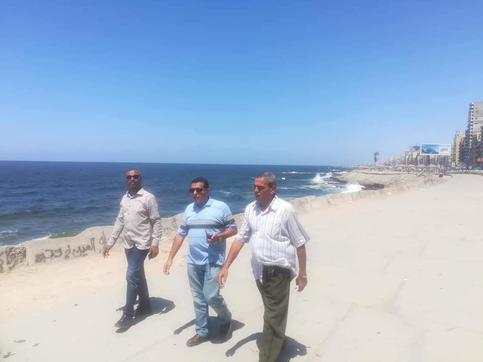 تطهير الشواطئ وسط الاسكندرية (4)