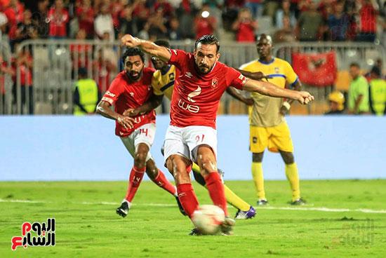 مباراة الاهلى وفريق اطلع برا السودانى (23)