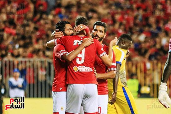 مباراة الاهلى وفريق اطلع برا السودانى (53)