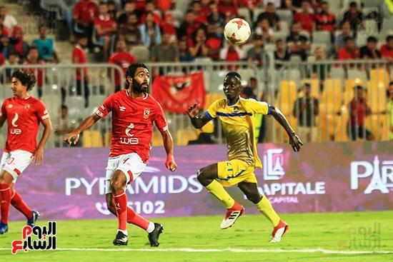 مباراة الاهلى وفريق اطلع برا السودانى (21)
