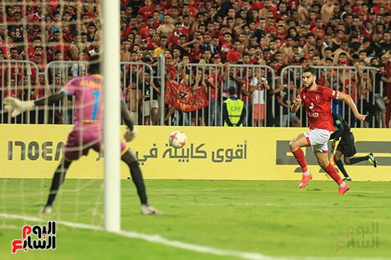 مباراة الاهلى وفريق اطلع برا السودانى (39)