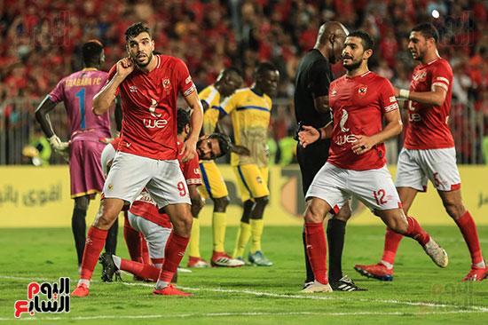مباراة الاهلى وفريق اطلع برا السودانى (47)