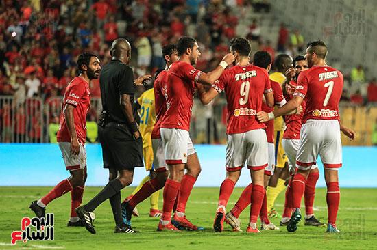 مباراة الاهلى وفريق اطلع برا السودانى (49)