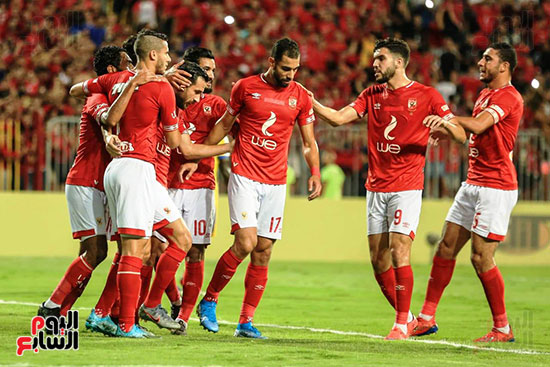 مباراة الاهلى وفريق اطلع برا السودانى (16)