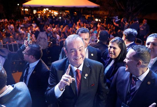 أليخاندرو جياماتى يفوز بالرئاسة