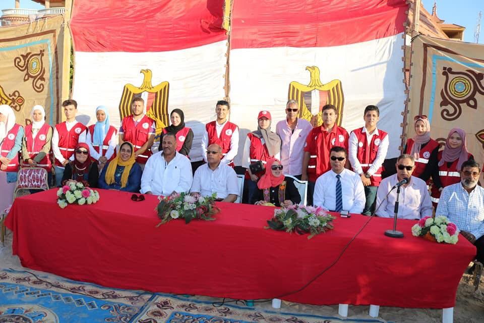 محافظ شمال سيناء يتجول مع ذوى القدرات الخاصة بـالطفطف (4)