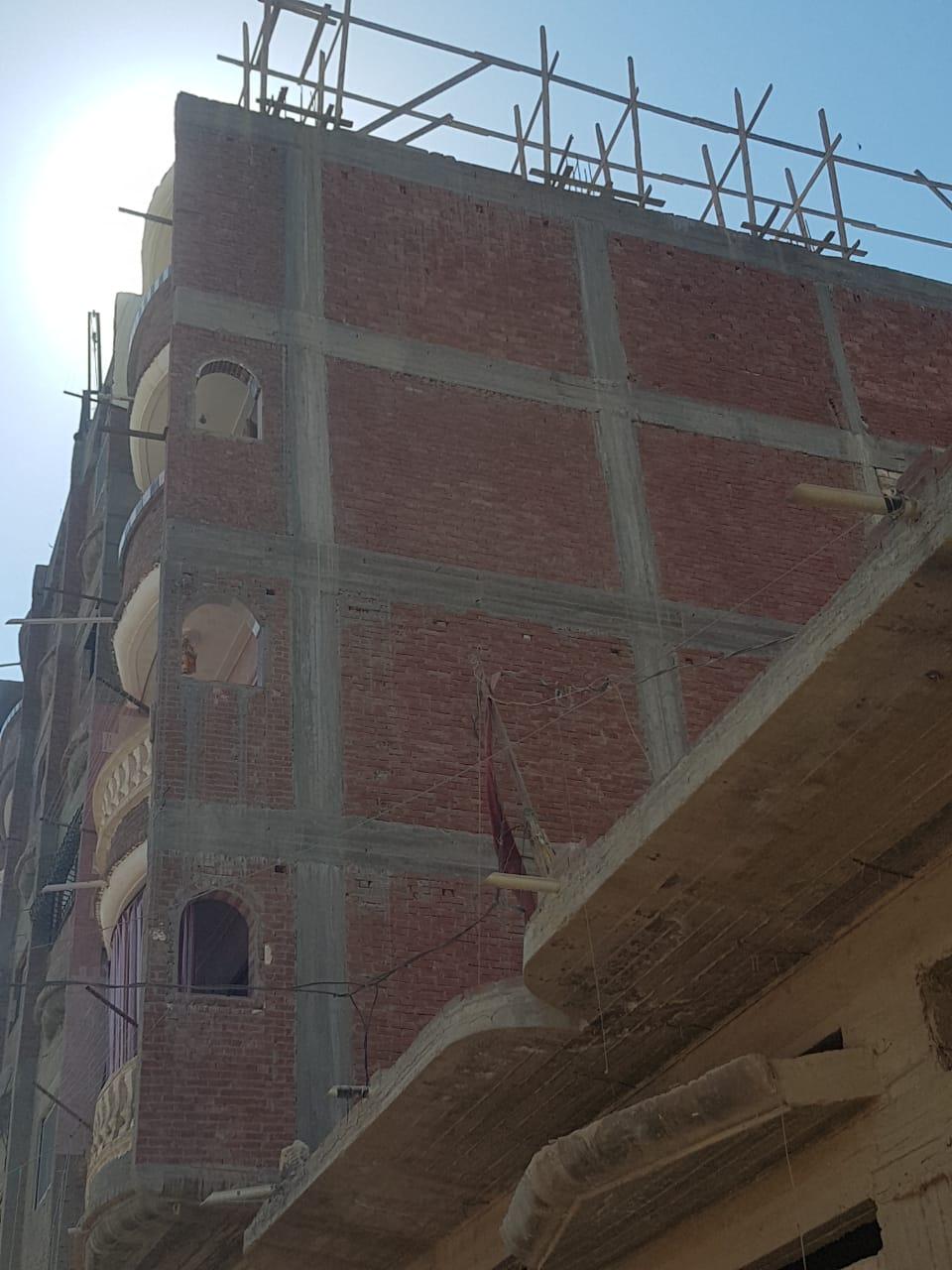 التصدى لبناء مخالف غرب الإسكندرية  (1)
