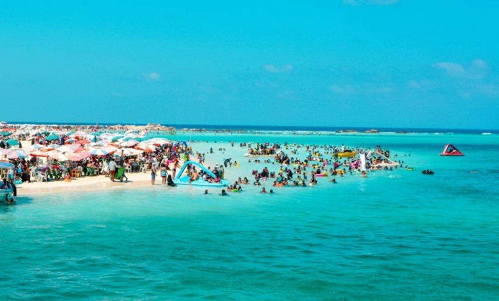 العيد شكل تاني  على شواطئ مطروح والساحل الشمالي (1)