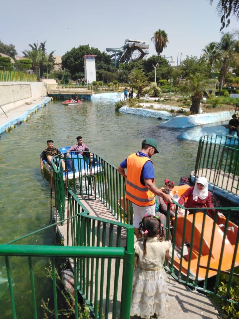 الحديقة الدولية تستقبل 18 ألف زائر فى ثان أيام عيد الأضحى (3)