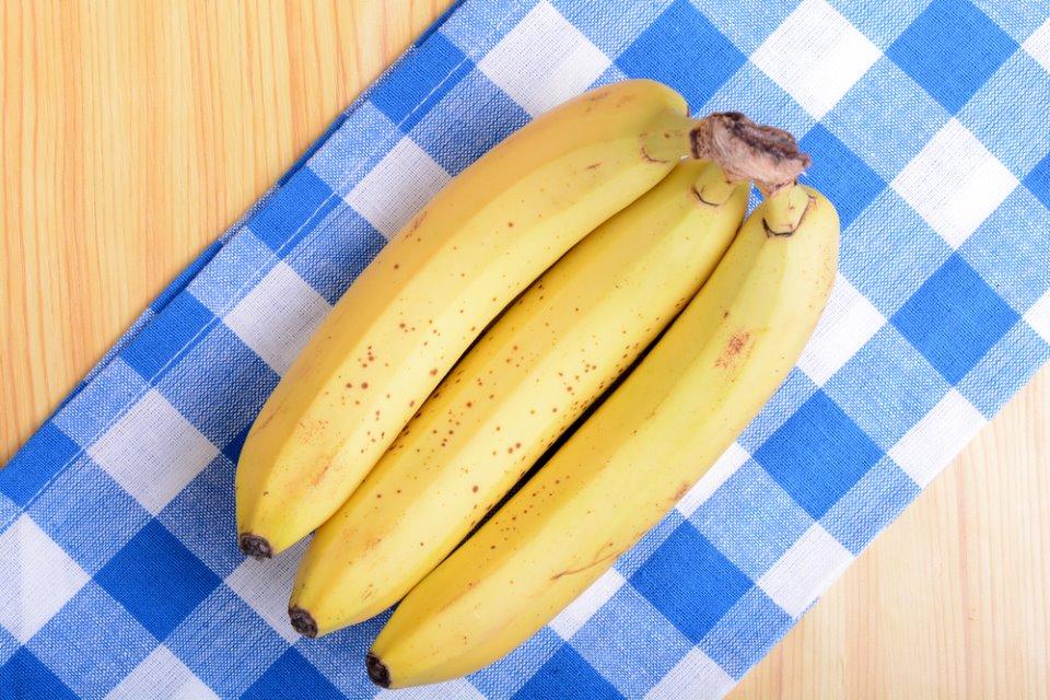 ماسك الموز والبيض لشعر صحى  (1)