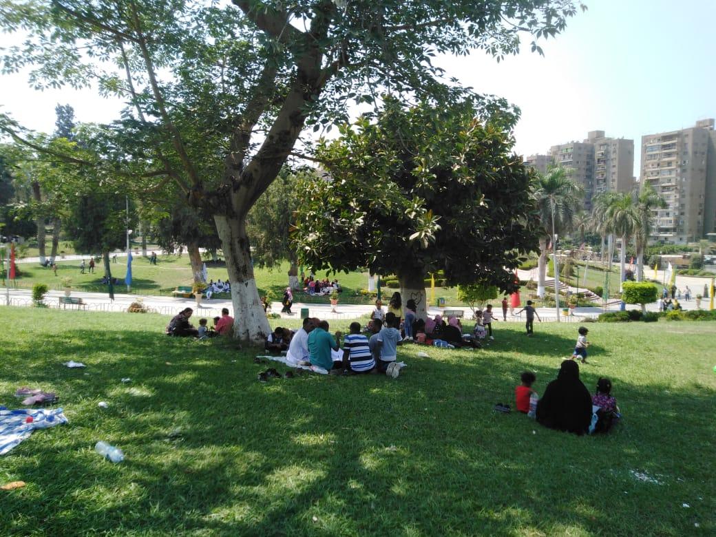 الحديقة الدولية تستقبل 18 ألف زائر فى ثان أيام عيد الأضحى (2)