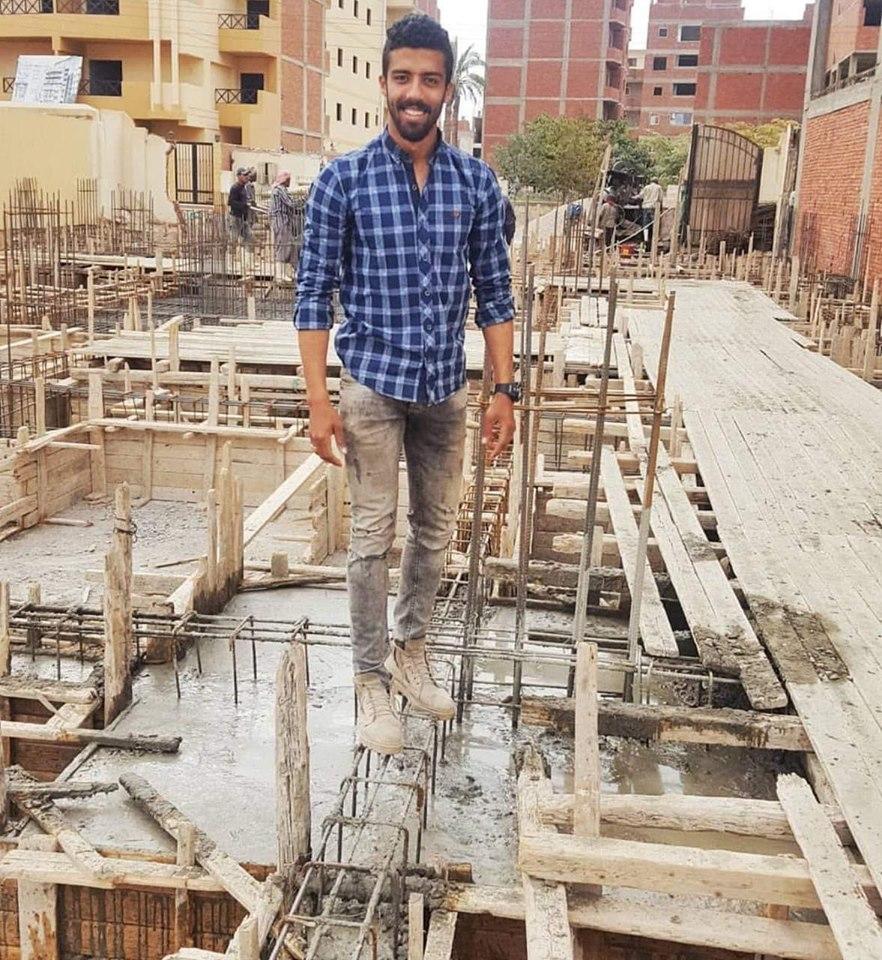 قصة مهندس شاب إسمعلاوى تعرض للشل رباعى قبل زفافه ويحتاج للعلاج فى الخارج ألهمت مصر (14)