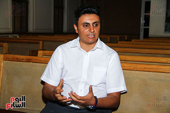 القس جونى نصر الله، راعى الكنيسة ،السكرتير التنفيذي للطائفة بمصر (4)