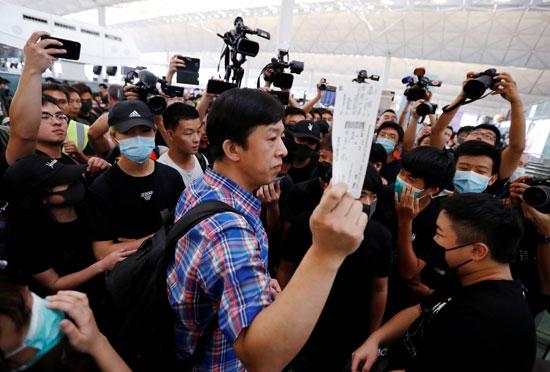 احتجاجات-مطار-هونج-كونج