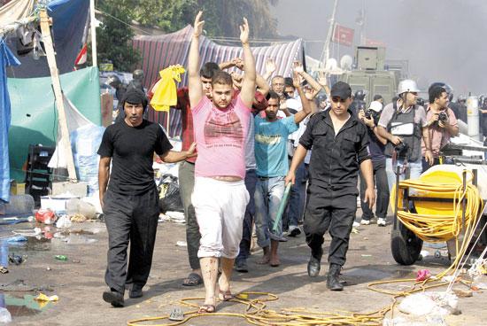 اعتصام رابعه (3)