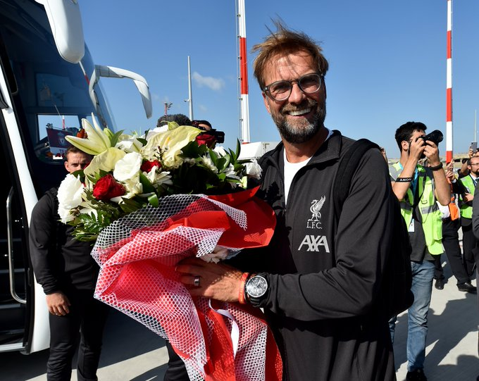 كلوب مدرب ليفربول وبوكيه ورد فور وصوله إلى إسطنبول