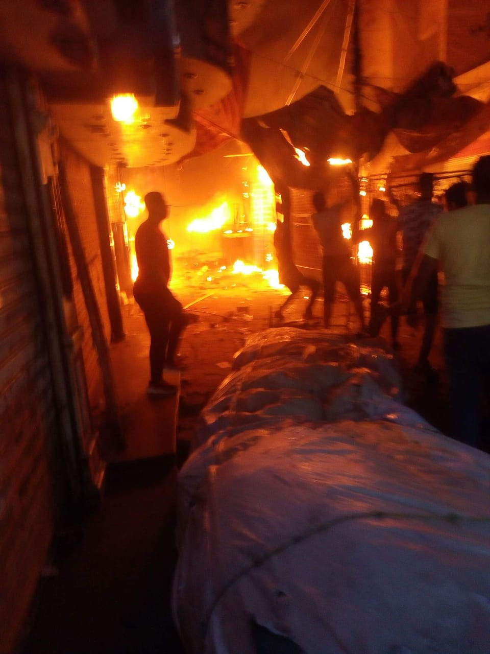 حريق شارع مصر بالإسماعيلية (10)