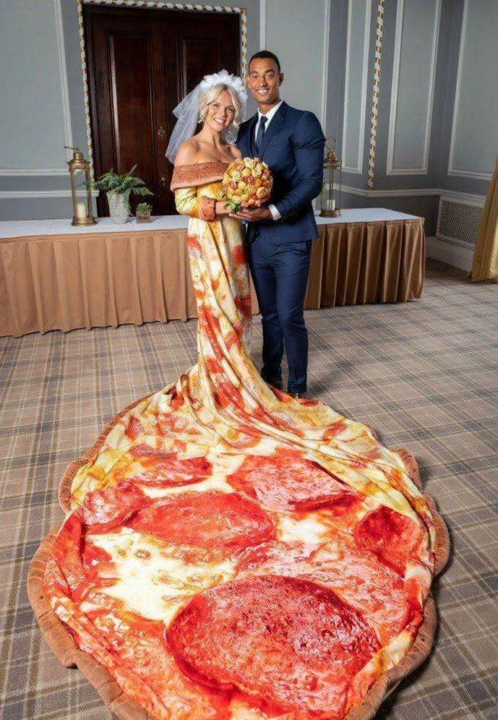 عروسه بطعم البيتزا  (1)