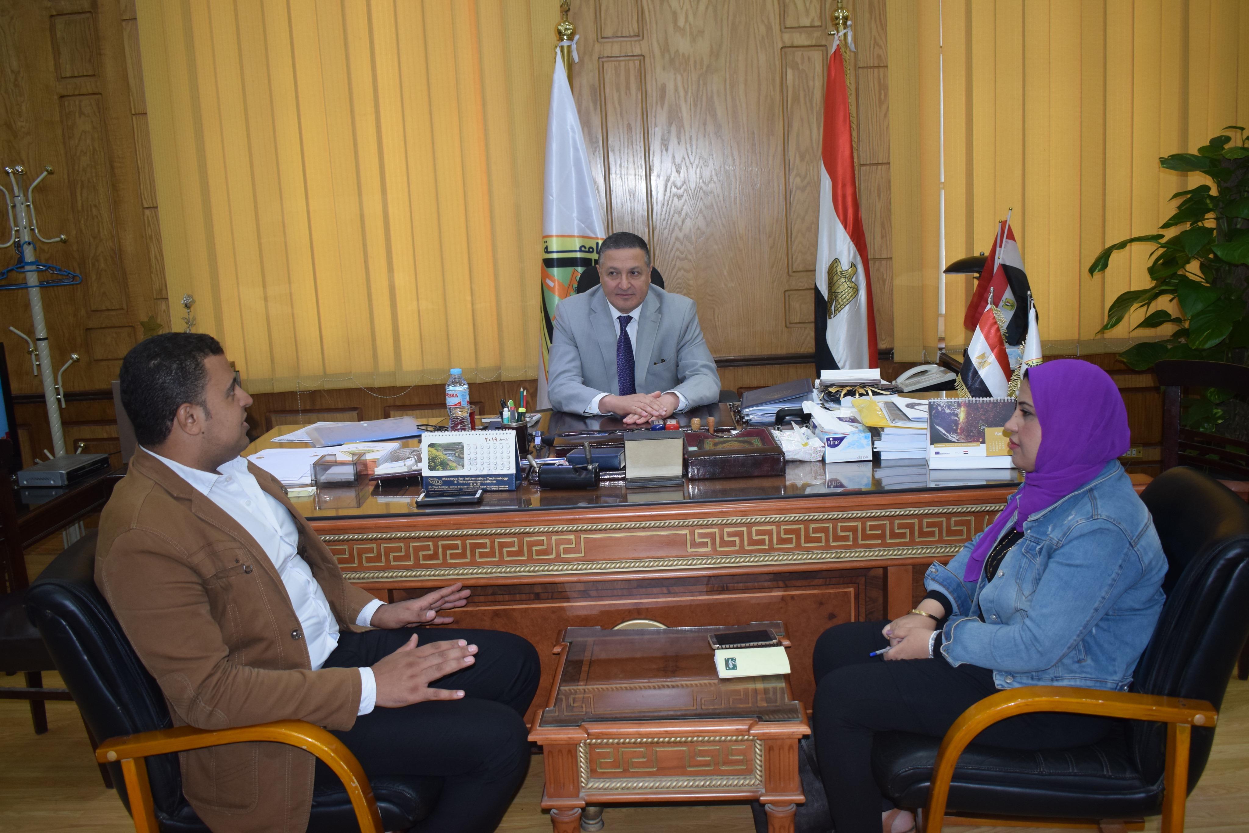 رئيس جامعة بنها (3)