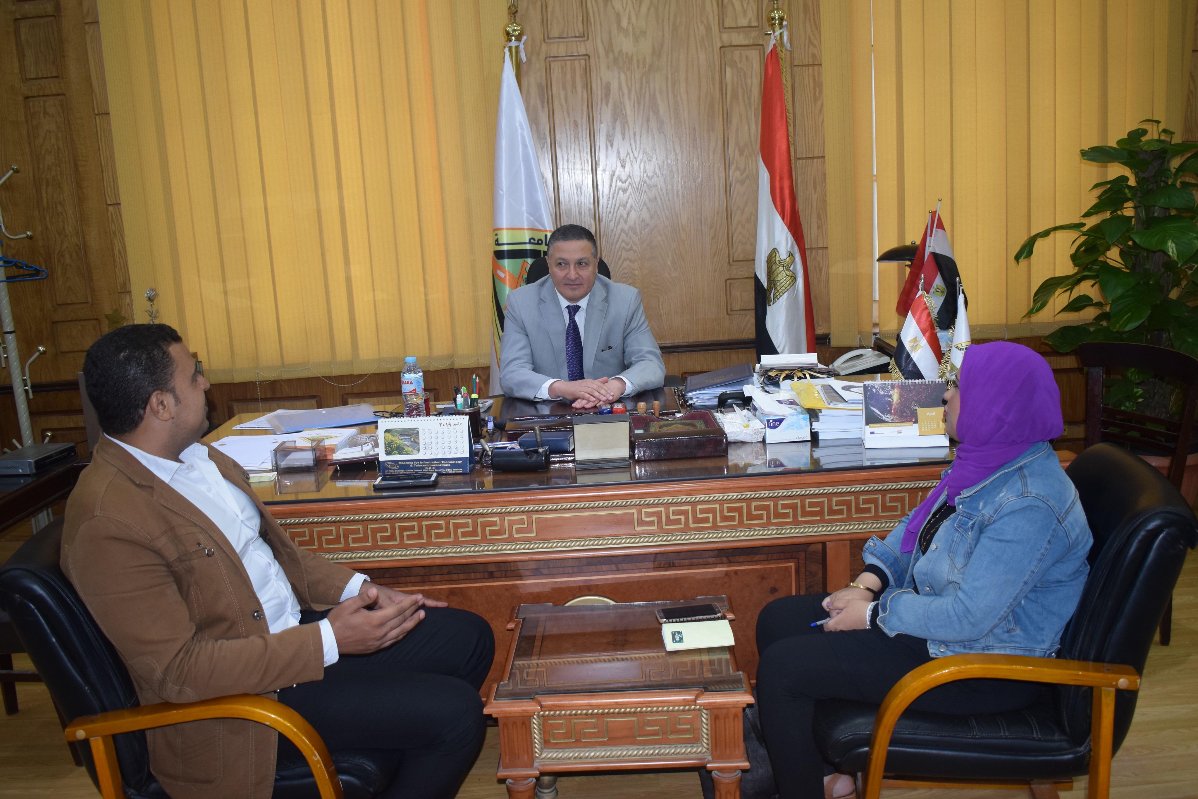 رئيس جامعة بنها (2)