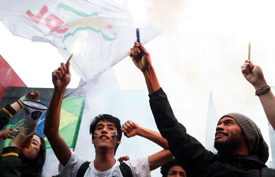 تظاهرات فى البرازيل ضد قرار خفض الميزانية المخصصة للجامعات (3)
