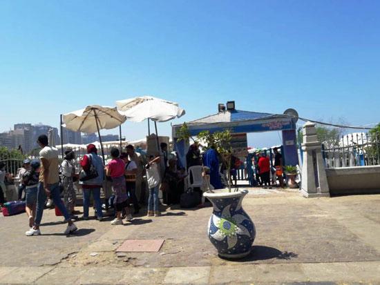 إقبال كبير على شواطئ الإسكندرية فى رابع أيام عيد الأضحى  (8)