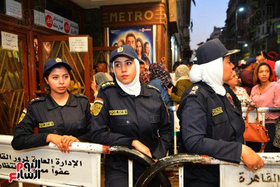 تامين الشرطة النسائية للسينمات (12)