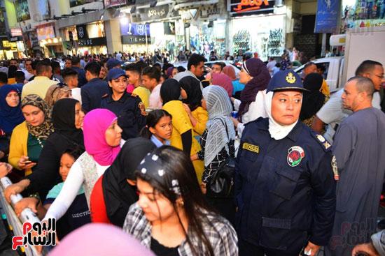 تامين الشرطة النسائية للسينمات (21)