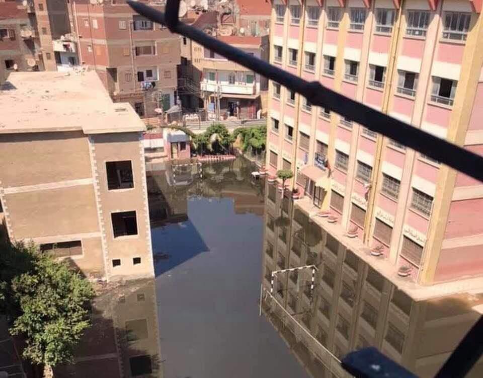 المياه تغمر مدرسة بمركز طنطا (2)