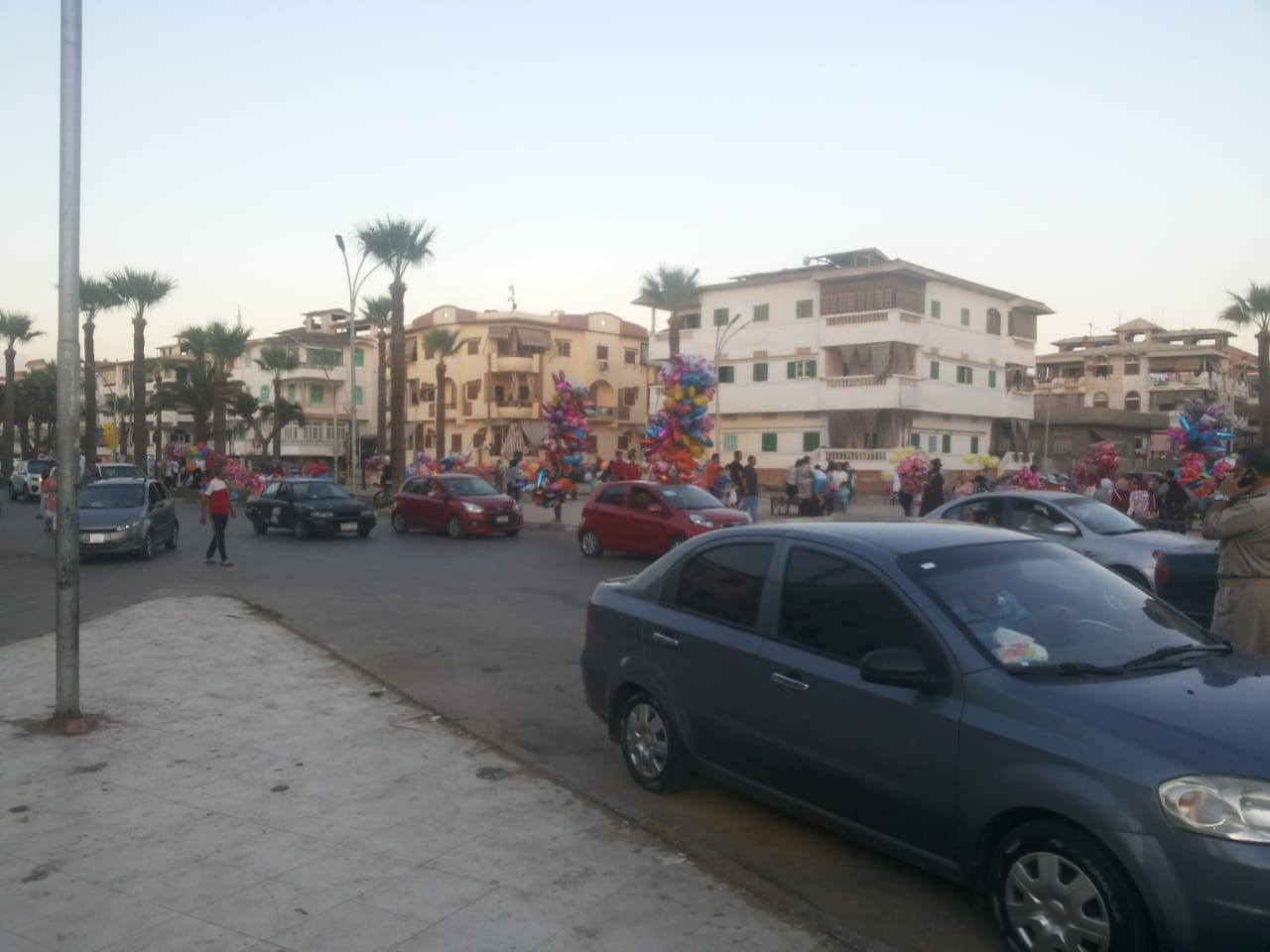 القناديل والأسعار والشلل المرورى.. شكاوى جماعية من رواد رأس البر  (1)