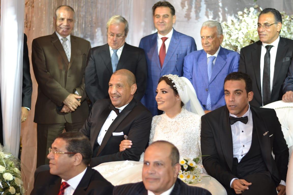 زفاف ابنة مدير منتخب الناشئين (3)