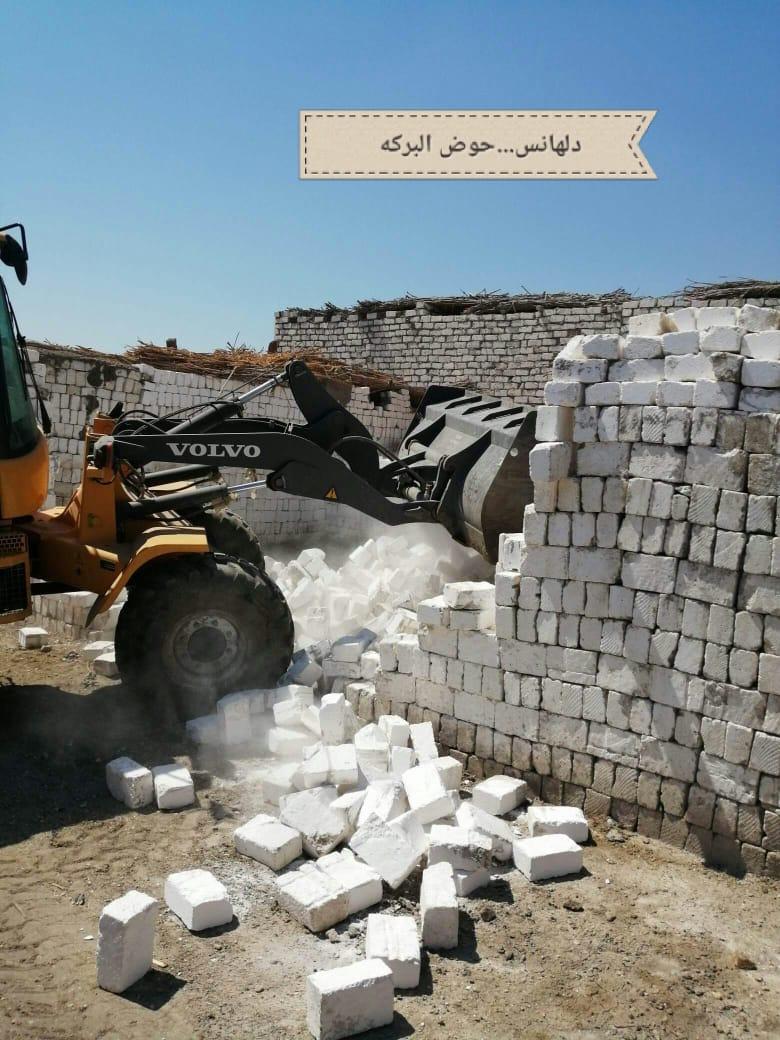 إزالة 5 حالات تعد على الأراضى  ورفع 250 طن قمامة ببنى سويف  (1)