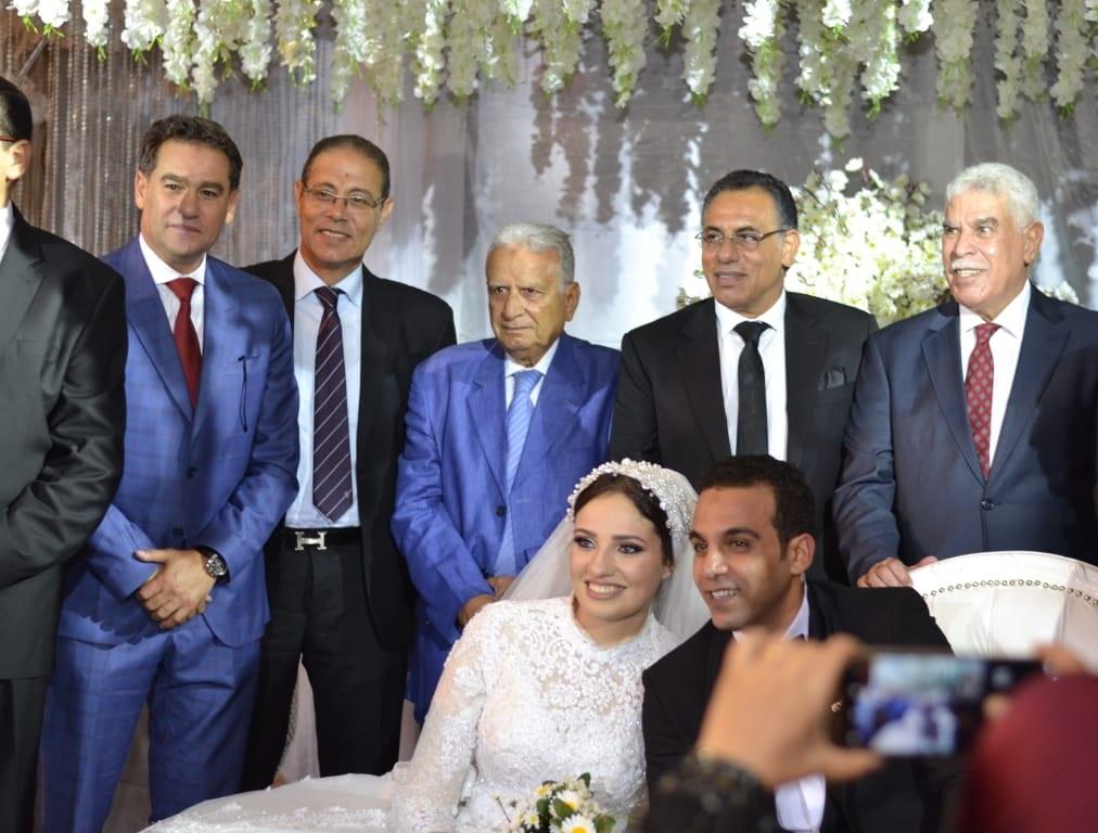 زفاف ابنة مدير منتخب الناشئين (2)
