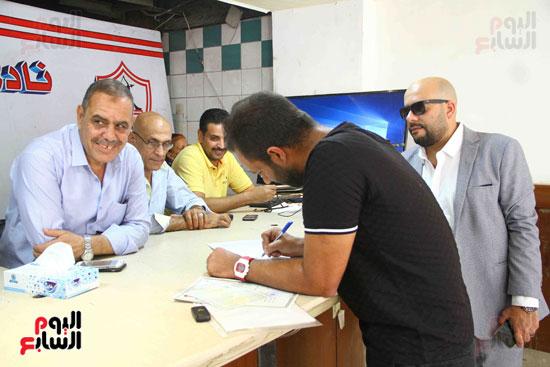 أحمد مرتضى يقدم أوراق ترشحه فى انتخابات الزمالك (6)