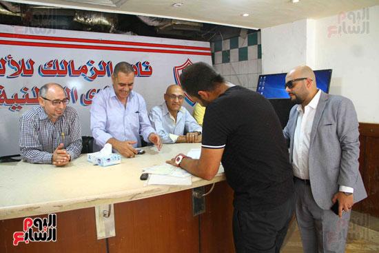 أحمد مرتضى يقدم أوراق ترشحه فى انتخابات الزمالك (5)